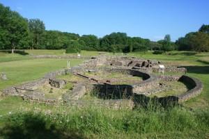 archéologie fouilles fontaine salees